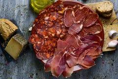 Ассортимент испанских холодных мяс Стоковое Фото