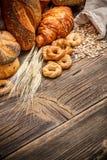 Ассортимент испеченного хлеба Стоковая Фотография