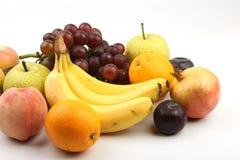 Ассортимент свежих фруктов изолированных на белизне Стоковое Изображение RF