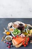 Ассортимент холестерола здоровой еды низкого стоковое фото rf