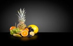 Ассортимент экзотических плодоовощей стоковое фото rf