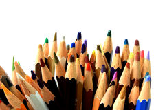 Ассортимент multi покрашенных карандашей на белизне Стоковое Фото