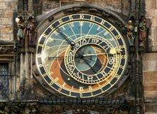 Астрологическая башня с часами, старый квадрат башни, Прага, чехия стоковые изображения rf