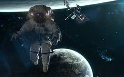 Астронавт, ИСС, планеты на предпосылке ландшафта глубокого космоса Искусство научной фантастики Элементы изображения были поставл стоковая фотография