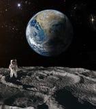 Астронавт на луне Стоковое Изображение