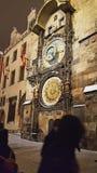 Астрономические часы и башня в старой городской площади города Праги стоковая фотография