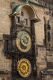Астрономические часы на старой башне ратуши в Pague Стоковое фото RF