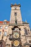 Астрономические часы (Orloj) в старом городке Праги. Стоковая Фотография RF