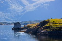 Атлантическая дорога около Molde в южной Норвегии Стоковые Фотографии RF