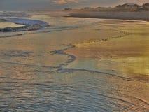 Атлантический заход солнца пляжа стоковые изображения rf