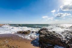 Атлантический океан в парке пункта маяка в New Haven Коннектикуте Стоковая Фотография RF