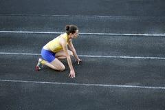 атлетическая девушка подростковая стоковое изображение