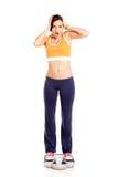 атлетическая девушка счастливая стоковое изображение rf
