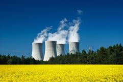 атомная электростанция Стоковая Фотография RF