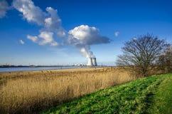 Атомная электростанция Doel, Антверпен, Бельгия 17-ое января 2015 Стоковая Фотография
