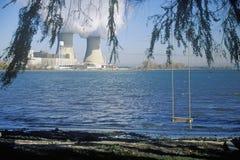 2 атомной электростанции на Lake Erie, MI Стоковое Изображение