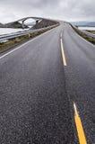 Атлантическая дорога в Норвегии стоковые изображения rf