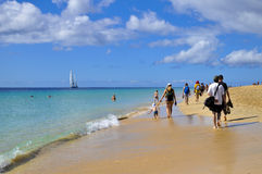 Атлантический океан и красивый пляж Фуэртевентуры Стоковые Фото