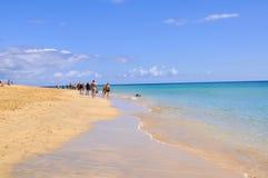 Атлантический океан и красивый пляж Фуэртевентуры Стоковое Изображение