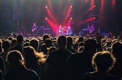 Аудитория концерта стоковая фотография