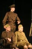 Аудитория музыкального спектакля - пенсионеры, пожилые ветераны Второй Мировой Войны и их родственники Стоковые Фото
