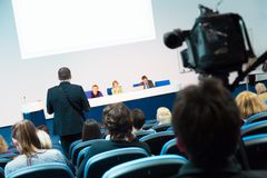 Аудитория на конференц-зале стоковые изображения rf