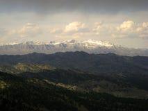 афганский покрынный снежок пиков стоковые изображения rf