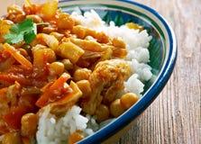 Афганское блюдо с цыпленком, нутами Стоковые Изображения