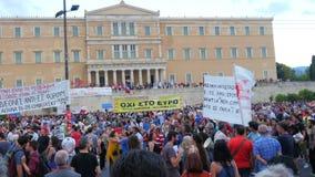 АФИНЫ - ГРЕЦИЯ, ИЮНЬ 2015: взгляд протестов сток-видео