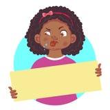Африканская девушка держа пробел плакат-вставленный вне говорит с насмешкой Стоковые Фото