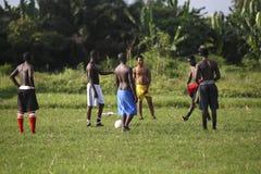 Африканская футбольная команда во время тренировки Стоковая Фотография