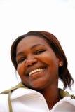 африканская черная счастливая женщина стоковое изображение rf