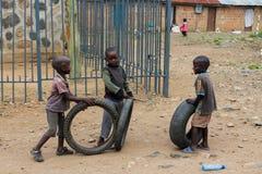 Африканские маленькие дети на спортивной площадке Стоковое фото RF
