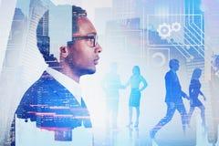 Африканский бизнес лидер, команда, цифровой интерфейс стоковая фотография rf