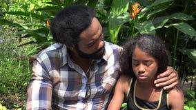 Африканский говорить отца и дочери видеоматериал