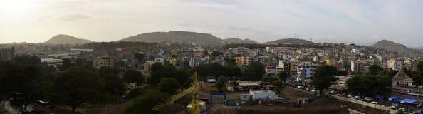 Африканский город Прая, столицы Кабо-Верде, ландшафта острова Сантьяго столичного Стоковое фото RF