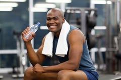 Африканский человек после тренировки Стоковая Фотография RF