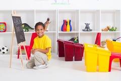 африканский preschool мальчика стоковое изображение rf