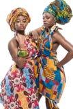 2 африканских фотомодели на белой предпосылке. Стоковое Изображение