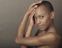 афро американская женщина стоковое изображение rf