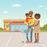 Афро-американская семья стоя перед зданием супермаркета с магазинной тележкаой, вектором концепции людей ходя по магазинам Стоковые Изображения