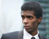 Афро-американский бизнесмен вне офиса Стоковое Изображение