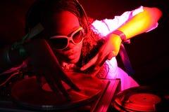 афро американский холодный dj Стоковая Фотография
