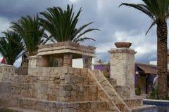 Ацтекские каменные водопады стоковые фотографии rf