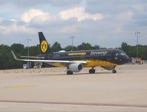 Аэробус команды BVB Дортмунда, немецкой футбольной команды стоковые фото