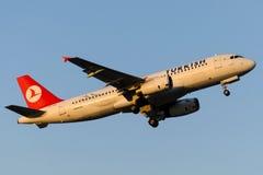 Аэробус A320-232 IHLARA TC-JPT Turkish Airlines Стоковая Фотография RF