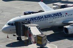 Аэробус A321-231 TC-JSA Turkish Airlines Стоковая Фотография RF