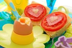 ая нежность яичка ребенка завтрака Стоковое Изображение RF