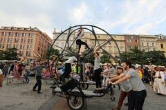 30-ая улица - международный фестиваль уличных театров в Cracow, Польше Стоковые Изображения RF