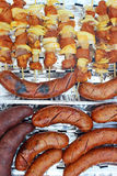 Адвокатское сословие-B-Q или BBQ с варить и сосиской kebab. Стоковое фото RF